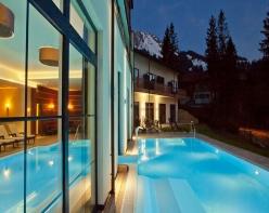 panoramahotel-aussenpool-bau