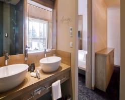 panoramahotel-oberjoch-bilder-badezimmer